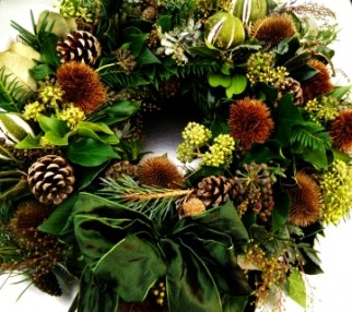 Handmade Christmas Wreaths - Woottens Plants - Luxury Green